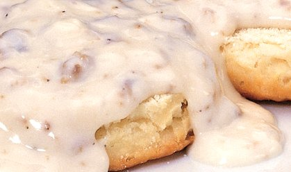 Biscuits and gravy from the breakfast buffet at the Marriott Courtyard Tacoma Washington - image.