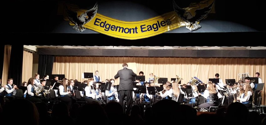 Edgemont Junior High Concert Band, Edgewood, Washington.