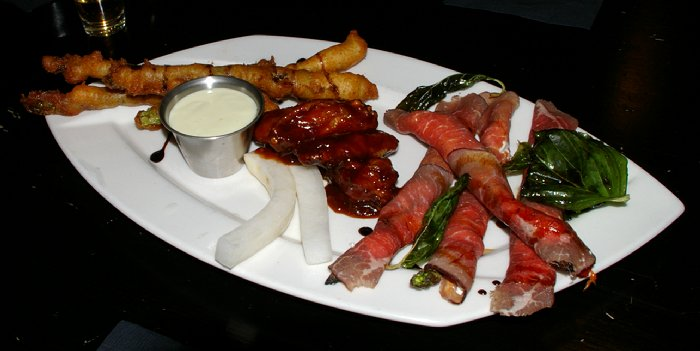 A great appetizer platter from Dirty Oscar's Annex in Tacoma, Washington.