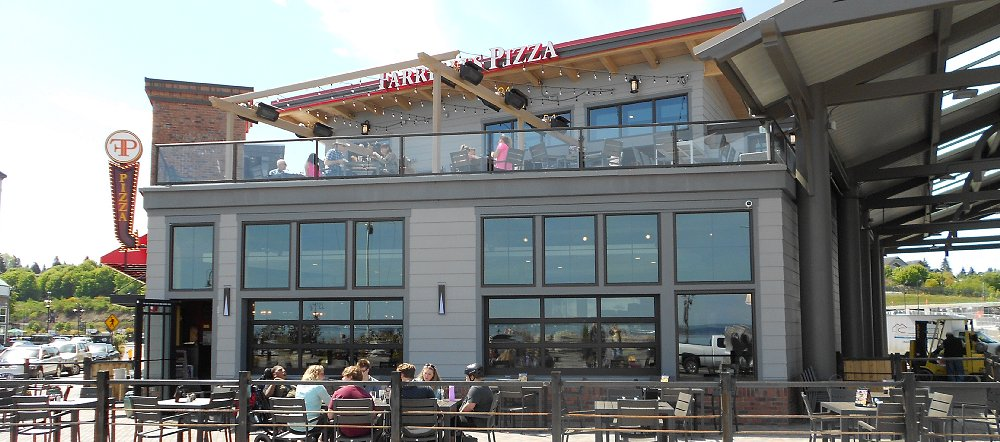 The upper deck at Farrelli Pizza at Point Ruston - image.