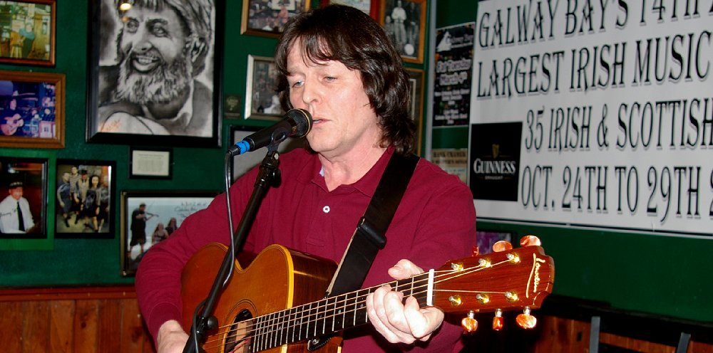 Oliver Mulholland Irish Music at the Galway Bay in Ocean Shores - image.