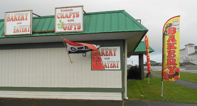 Bakery and consignment store in Ocean Shores - image.