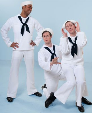 In On The Town 3 sailors try to see all the sights of New York in one short day.
