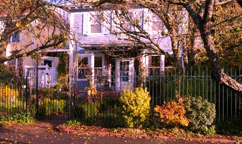The Plum Duff Bed and Breakfast in Tacoma, Washington . . . okay, so I changed the color to make it look more plummy.