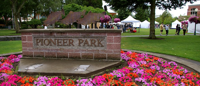 A rainy day in Puyallup at Pioneer Park.