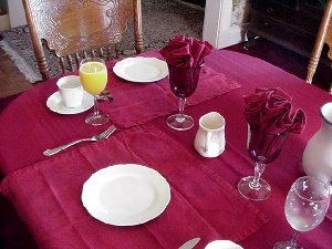 The breakfast  table setting at the  Tayberry Victorian Cottage.