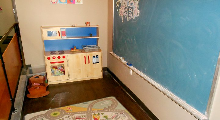 Children's play room at the Red Elm Cafe in Tacoma - image.