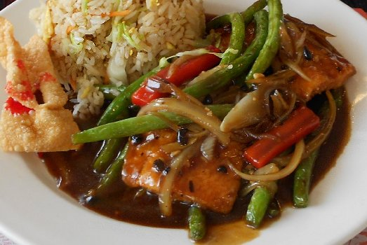 Salmon and green beans at Viet Hoa Asian Restaurant Ocean Shores - image.
